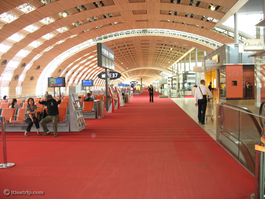 Departure Lounge, Charles de Gaulle Airport